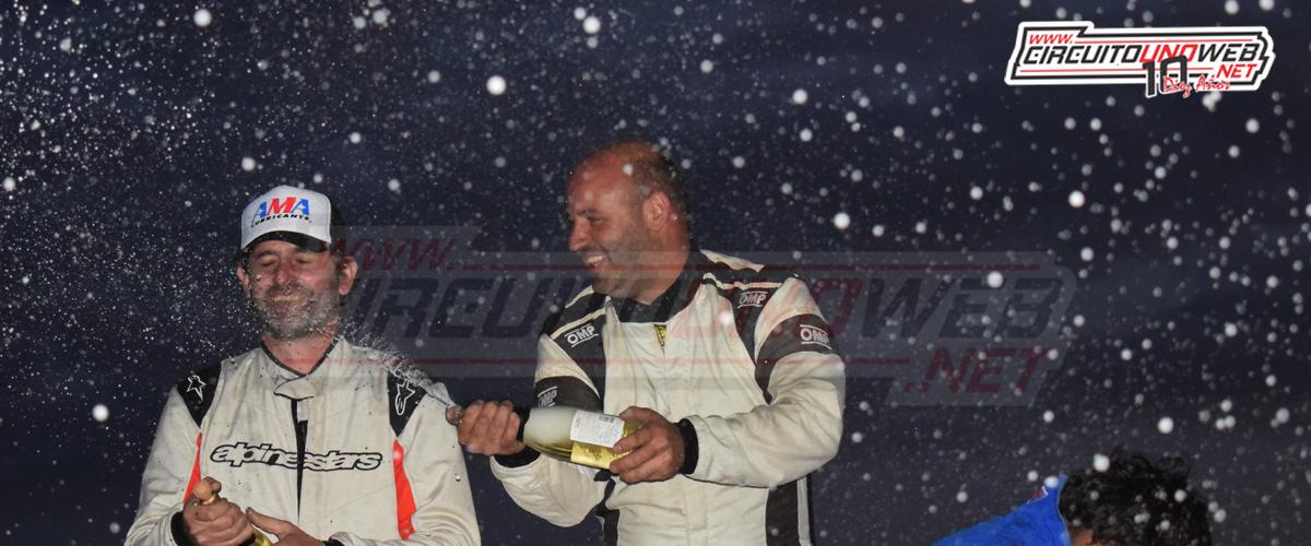 Marcos Costas festejó en lo más alto del podio