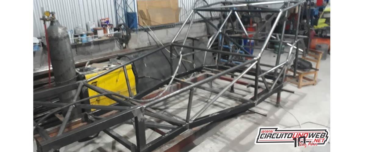 Gastón Quintas comenzó con la construcción de un auto nuevo