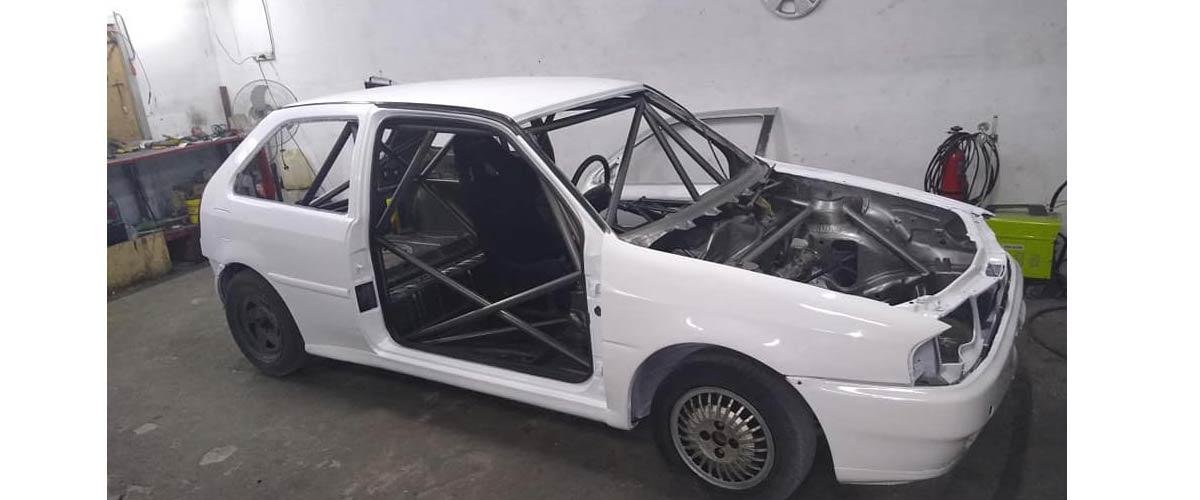 Matías Errobidart construye un VW Gol